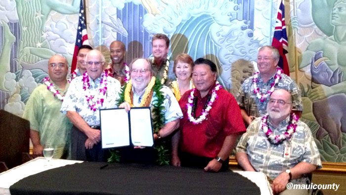 Governor Abercrombie joined by County and State officials